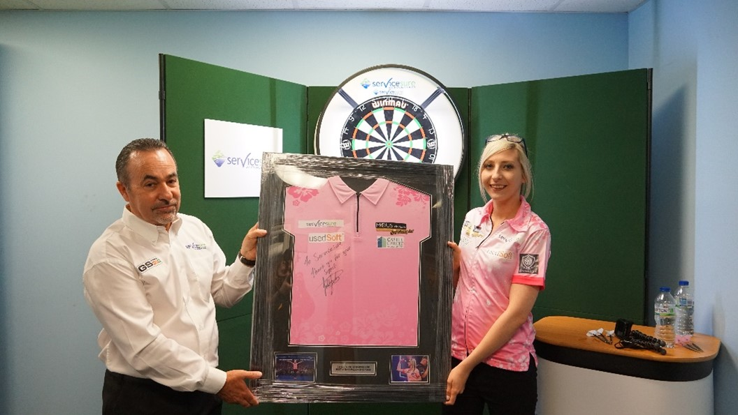 Servicesure announce sponsorship of Darts Champion Fallon Sherrock